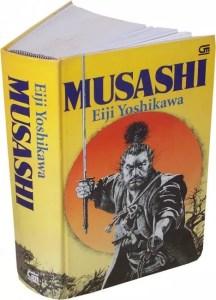 Livro Musashi, por Eiji Yoshikawa (Foto: Maria Rosa/Mundo-Nipo)