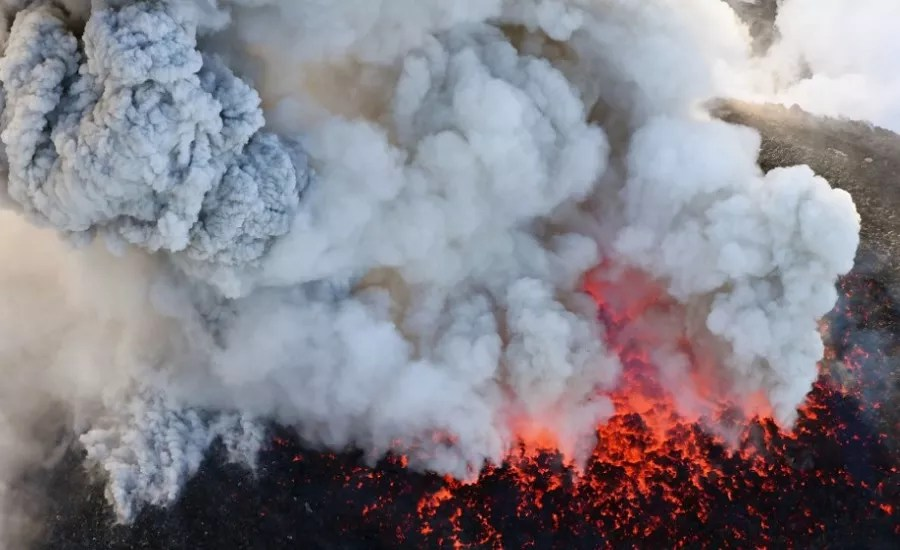 Japão eleva nível de alerta no vulcão Shinmoe após vários ...