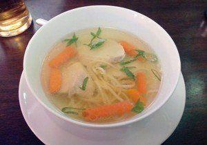 remedio casero sopa de pollo