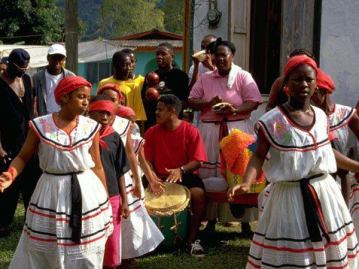 284750 10150272792476445 159874396444 7514240 6560363 n - Livingston, hogar garífuna en Guatemala