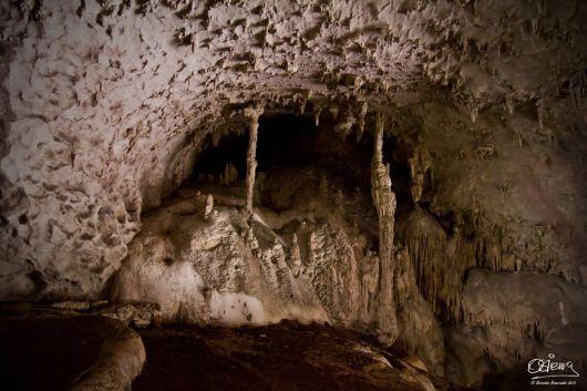 Cueva de Candelaria, Chisec, Alta Verapaz - foto por Oscar Sierra