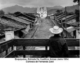 Ingreso de Carlos Castillo Armas en junio 1954 a Esquipulas. Julia del Carmen Moreno - Basílica de Esquipulas