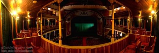 Interior dle Teatro Municpal de Quetzaltenango foto por Beto Bolaños e1366311292794 - El Origen del Teatro Municipal de Quetzaltenango