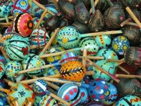 Chinchines para las posadas foto por Sergio Molina - Galería - Fotos de Artesanías de Guatemala