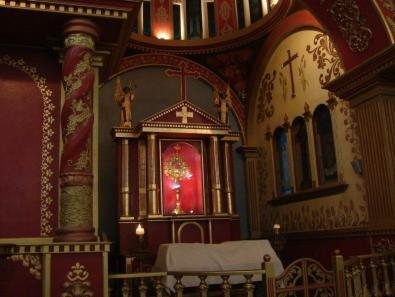 Iglesia catolica de Soloma, uno de sus altares - foto por Oscar Alonzo