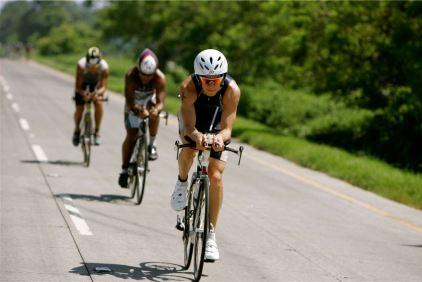 Raul Tejada campeon de triatlon 2 - Raúl Tejada, triatleta