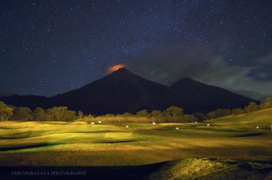Volcan Fuego desde La Reunion foto por Luis Morataya Photography - Galería  - Fotos de Volcanes en Guatemala