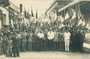 Iimagen de la revolución de 1944 foto por tercerainformacion.es  300x199 - Resumen de la información de Guatemala
