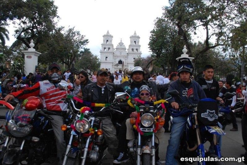 Caravana del Zorro en Esquipulas - por Esquipulas.com.gt