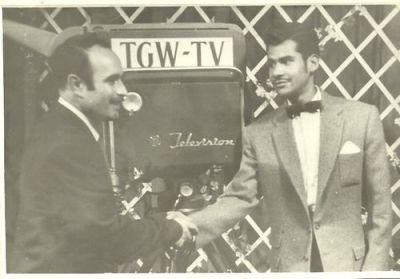 Héctor Gaitán Alfaro al inicio de su carrera en 1959 foto por - Héctor Gaitán Alfaro, locutor y escritor