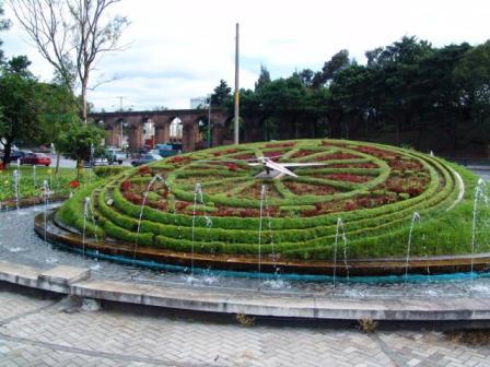 El Reloj de Flores de la capital de Guatemala - foto por listas20minutos.es
