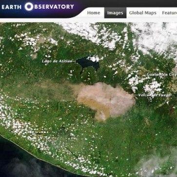 Erupcion del volcan de Fuego Foto por NASA via Teera Satellite. - Galería – Fotos de la Erupción del Volcán de Fuego, Septiembre 13, 2012