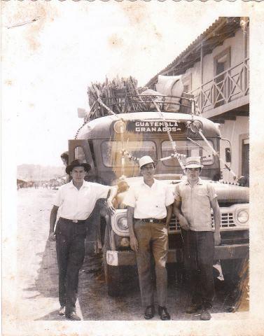 Autobus ruta Granados Baja Verapaz foto por Elsy Anabella - Galería – Fotos de Guatemala de Antaño