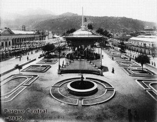 Parque Central de Xela, Quetzaltenango, en 1915 - enviada por Jorge Perez