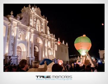 Baktun 13 - celebrando en la Antigua, foto por Neels Melendez