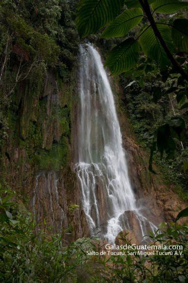 Cascada de Tucurú en San Miguel Tucurú Alta Veravez oto por Maynor Marino Mijangos - Galería - Fotos de Cataratas y Cascadas en Guatemala