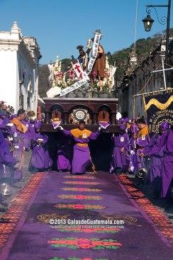 Procesión de Jesús Nazareno de la Humildad Antgua Guatemala foto por Maynor Marino Mijangos - Galeria - Fotos de La Cuaresma y Semana Santa en Guatemala