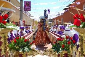 Procesion Jesús con la Virgen María y San Juan el Viernes Santo en el barrio La Libertad Asunción Mita jutiapa foto por Karlos Morales - Tradiciones de Guatemala