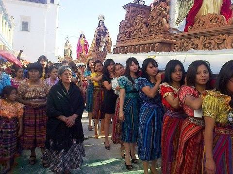 Procesion Sabado Santo en Quiche foto por Osorious Oso - Galeria - Fotos de La Cuaresma y Semana Santa en Guatemala