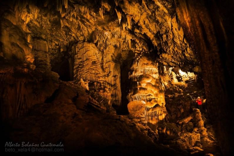 Grutas de Lanquín Alta Verapaz foto por Beto Bolaños e1372400320354 - Guía Turística - Cuevas y Grutas en Guatemala