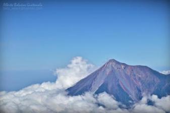 Volcan de Fuego - foto por Alberto Bolaños