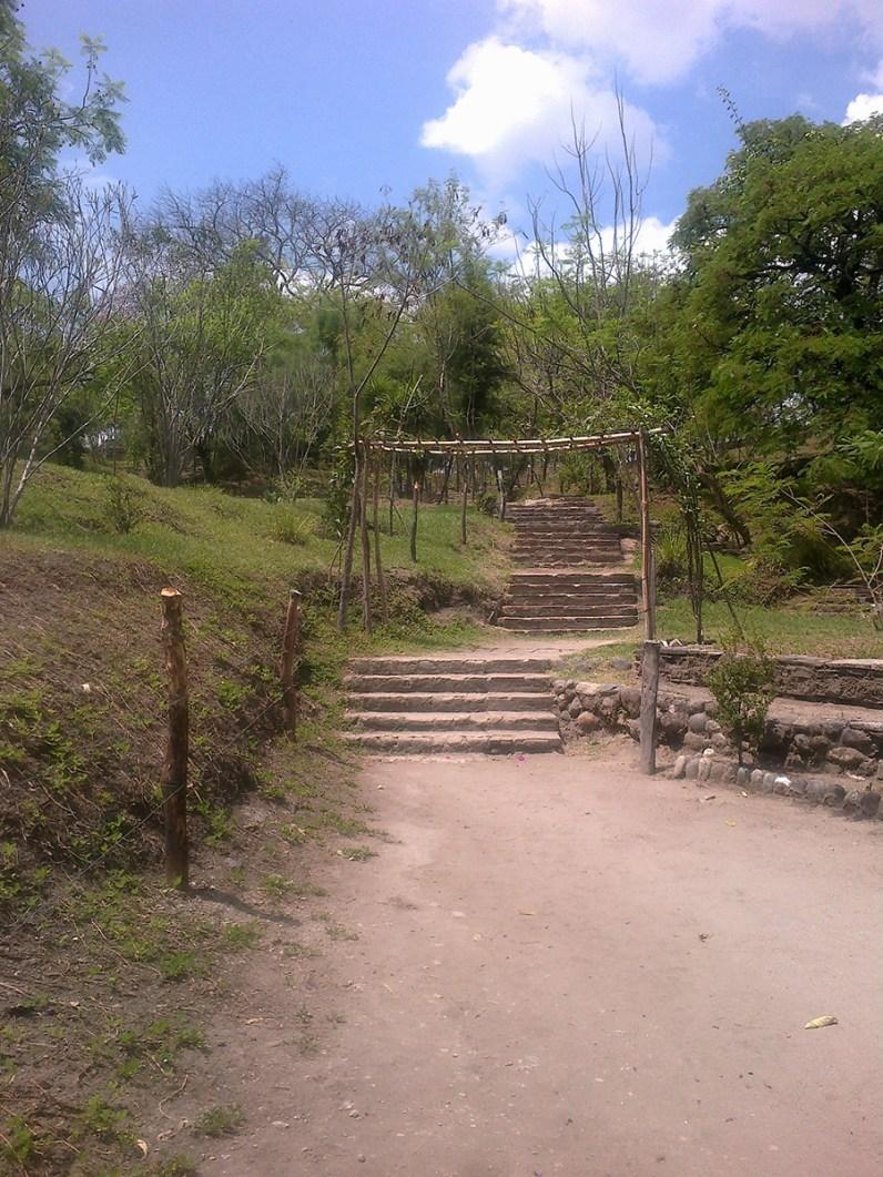 10042012668 - Guía Turística - Mixco Viejo