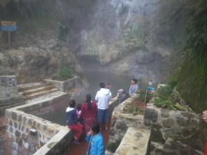 Gu a tur stica fuentes georginas for Construccion de piscinas en guatemala