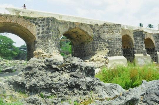 esc3 - Guía Turística - El Puente Los Esclavos en Santa Rosa