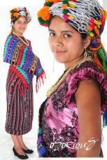 Trajes típicos de Quiché foto por Osorious Oso - Los coloridos trajes indígenas de Guatemala
