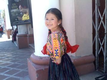 chapincita Traje Tipico de Quetzaltenango foto por Arely Palacios Mendez - Los coloridos trajes indígenas de Guatemala