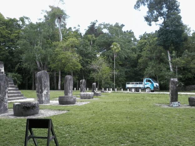 el lugar de las voces 12 mundochapin - Guia Turística - Tikal, El Lugar de las Voces