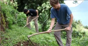 """Documental – Viviendo en Guatemala con """"1 Dólar al Día"""""""