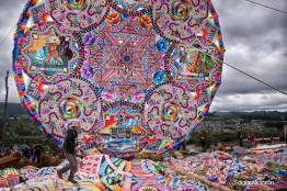 Barrilete en Santiago Sacatepequez foto por Edgar Monzon - Galeria de Fotos de Guatemala por Edgar Monzón