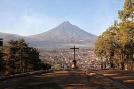 Cerro de la Cruz La Antigua Guatemala foto por Edgar Monzon - Galeria de Fotos de Guatemala por Edgar Monzón