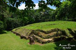 Takalik Abaj sitio arqueologico en El Asintal Retalhuleu foto por Acuarela Chapina - Galeria de Fotos de Guatemala por Billy Muñoz