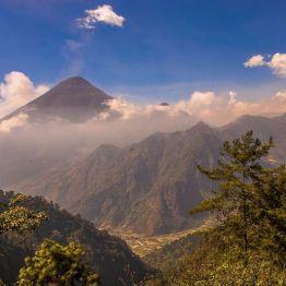 Vista desde el mirador de Zunil. camino a las aguas Georginas, Quetzaltenango - foto por Dany Lopez