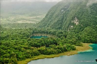 cenote ownajab en huehuetenango foto por billy mun cc 83oz de acuarela chapina - Galeria de Fotos de Guatemala por Billy Muñoz