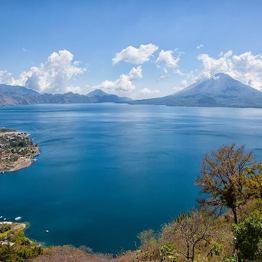 Lago de Atitlán - foto por Edgar Monzon