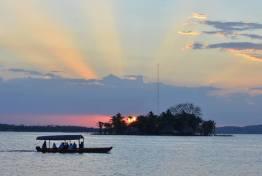 Lago Petén Itzá - 3 - foto Rony Rodriguez