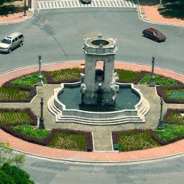 Plaza España, ciudad de Guatemala - foto por Hugo Altán
