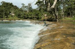 Río Machaquilá, Poptún, Petén - foto por Rony Rodriguez