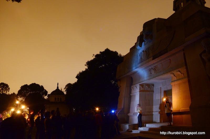 Necroturismo 2 foto por Acuarela Chapina Billy Munoz - Necroturismo en el Cementerio General de Guatemala