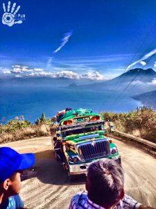 camioneta en el lago de atitlan foto por san pedro la laguna tzunun ya 225x300 - 9 cosas por las que Guatemala es conocida