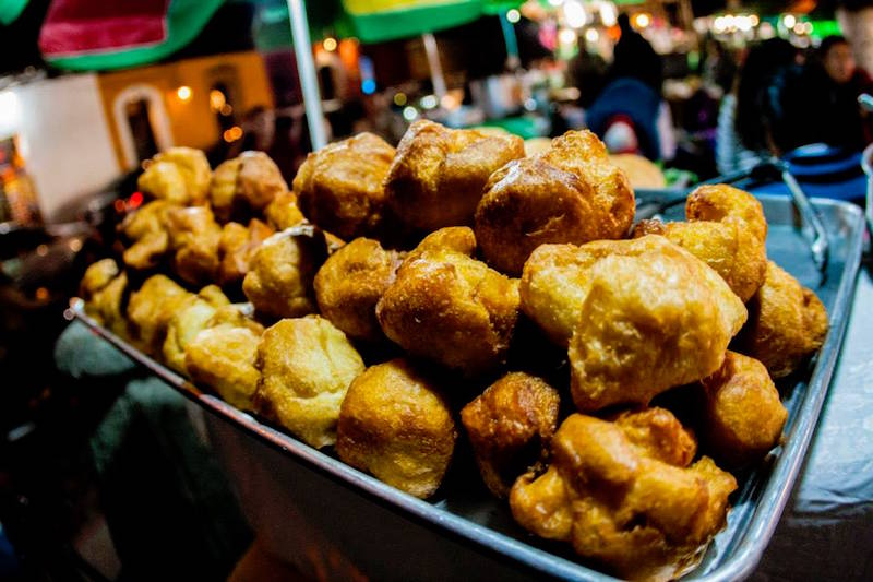 comida bun cc 83uelos foto por jose gonzalez - 19 platos que debes probar en Guatemala
