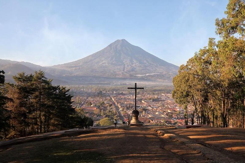Cerro de la Cruz, La Antigua Guatemala - foto por Edgar Monzon