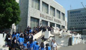 biblioteca nacional foto por biblioteca nacional 300x176 - Conoce sobre la Biblioteca Nacional de Guatemala