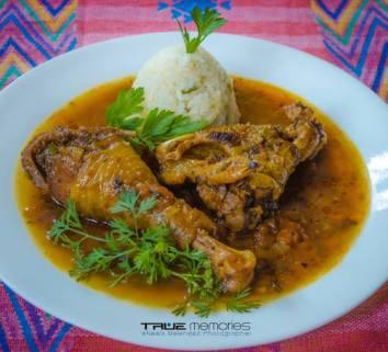 comida gallo en chicha foto por neels melendez - Comidas típicas de algunos departamentos (parte II)