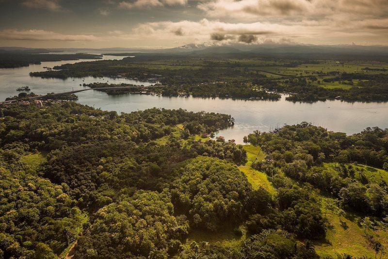 rio dulce izabal foto por ivan castro 3 - El Río Dulce de Izabal