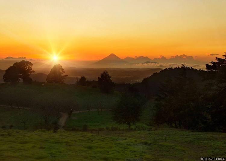 amanecer en carretera mataquescuintla jalapa foto por stuart photo - Significado del nombre de los departamentos en Guatemala