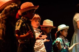 diapositiva2 - Alumnos de Antigua International School presentan obra teatral